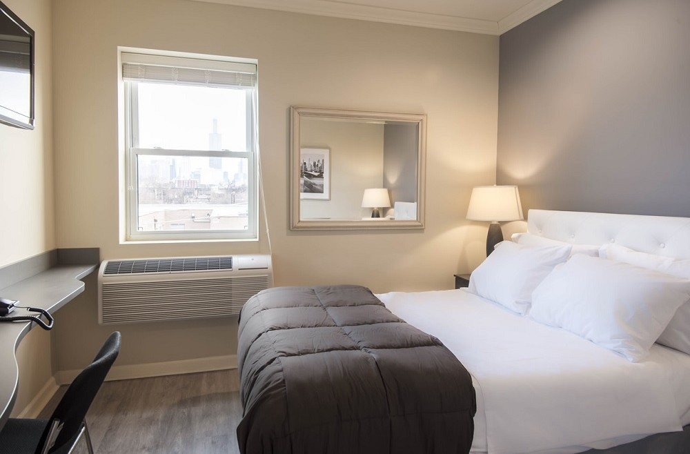 New affordable boutique hotel concept launches in chicago for Trendy hotels chicago