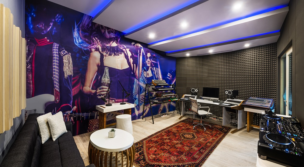 W hotels 39 recording studio launch offers something for Hotel design studio