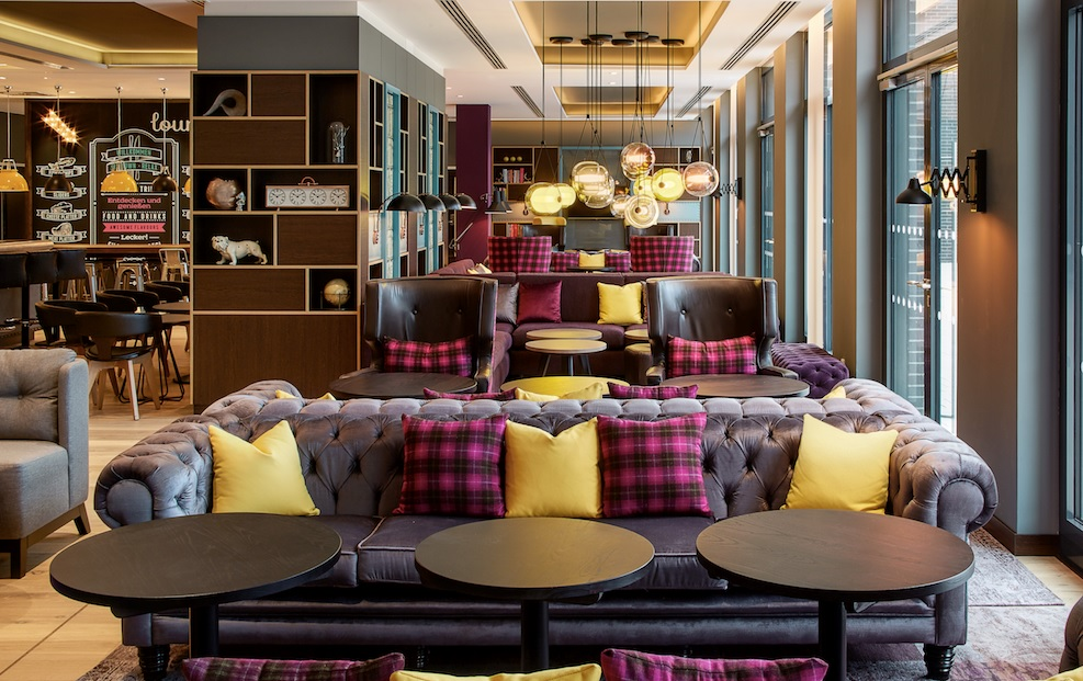 germany 39 s first premier inn opens with twist of british charm. Black Bedroom Furniture Sets. Home Design Ideas