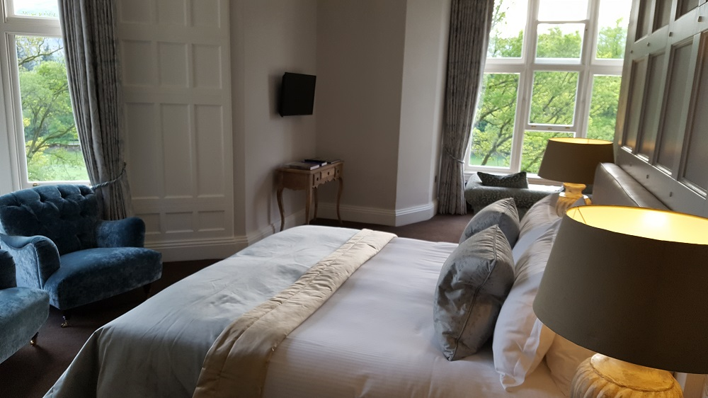 Forest Side Hotel - guestroom