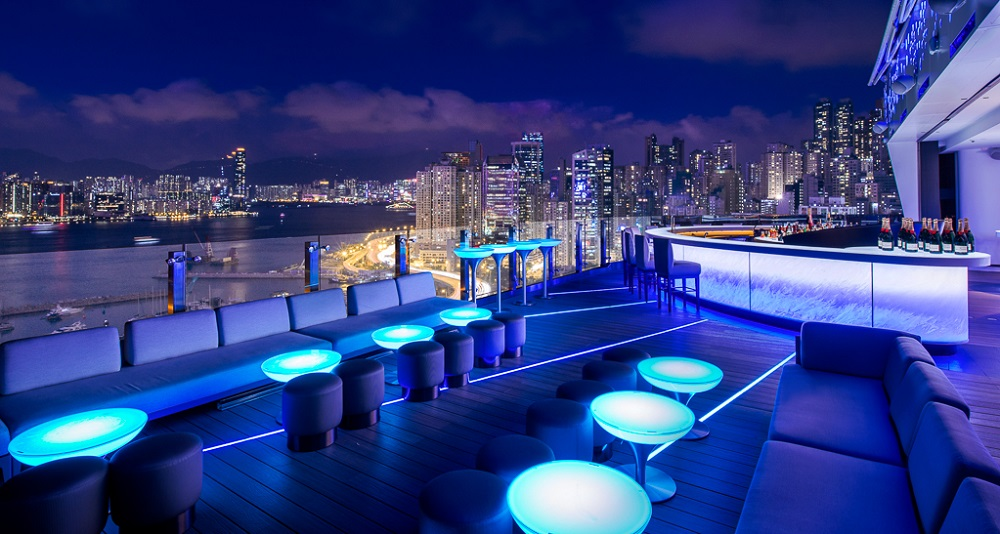 a look at the competitiveness in the hong kong hotel industry Information technology services industry in hong kong import/export, restaurants and hotels hong kong has provided the industry with the.