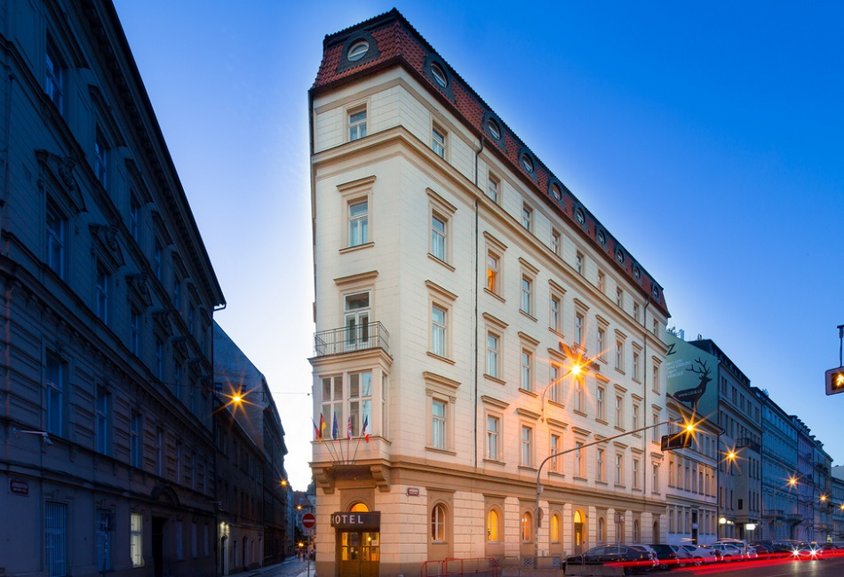 Grupo hotusa adds third hotel in prague hotel designs for Prague hotel design