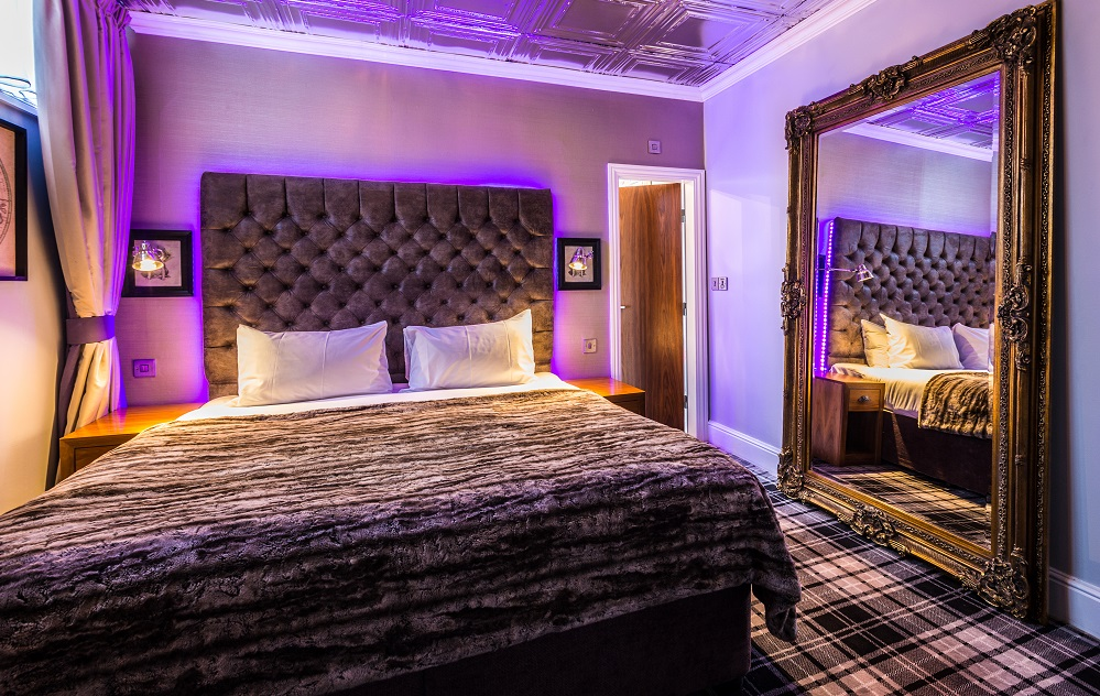 Mercure Nottingham - Curious George Design