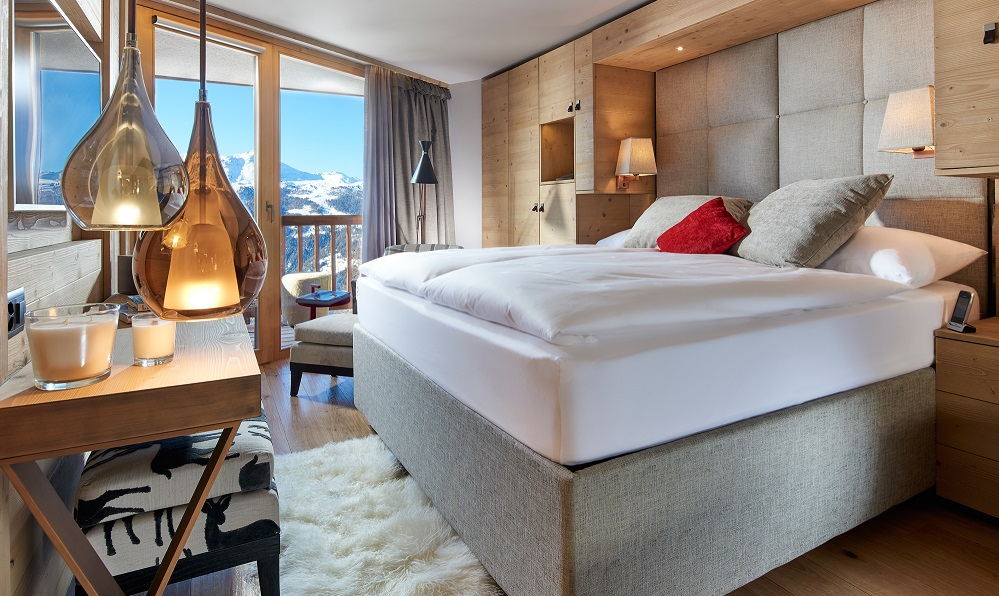 Introducing swiss chandolin boutique hotel now open for Boutique hotel companies