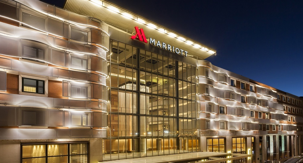 Marriott hotels opens its largest hotel in europe in for Hotel design madrid