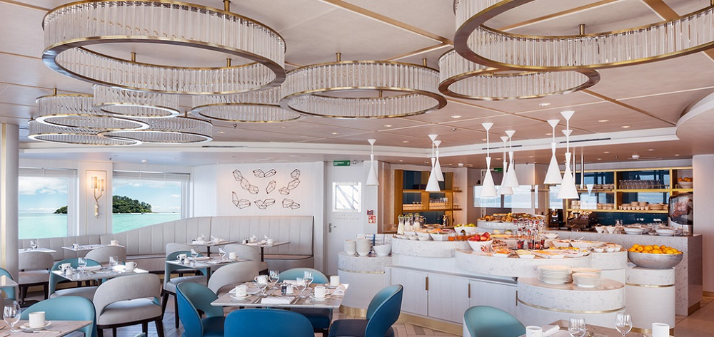 Chelsom - Esprit Cove Lounge