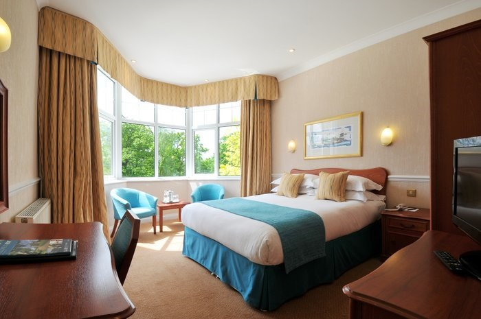 Superior Garden Double Room - Bromley Court Hotel