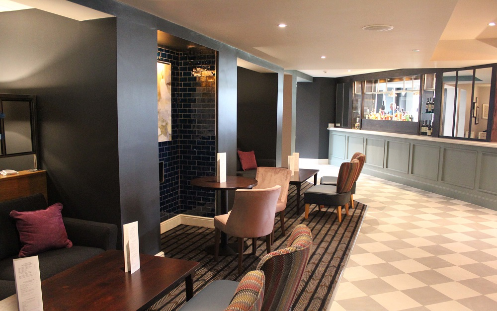 Sketchley Grange - Stylish Open Plan Bar and Lounge