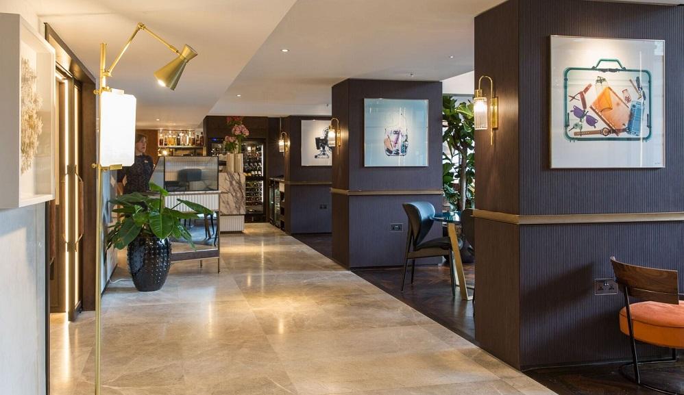 Athenaeum Hotel & Residences