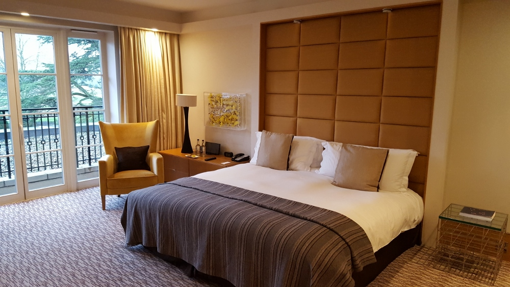 Deluxe Room - The Grove