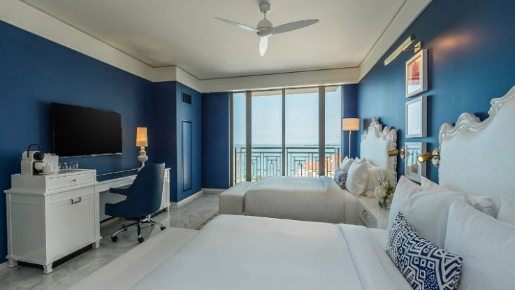 Grand Hyatt Baha Mar will offer 1,800 guestrooms, including 227 lavish suites with high-end amenities and breathtaking ocean views