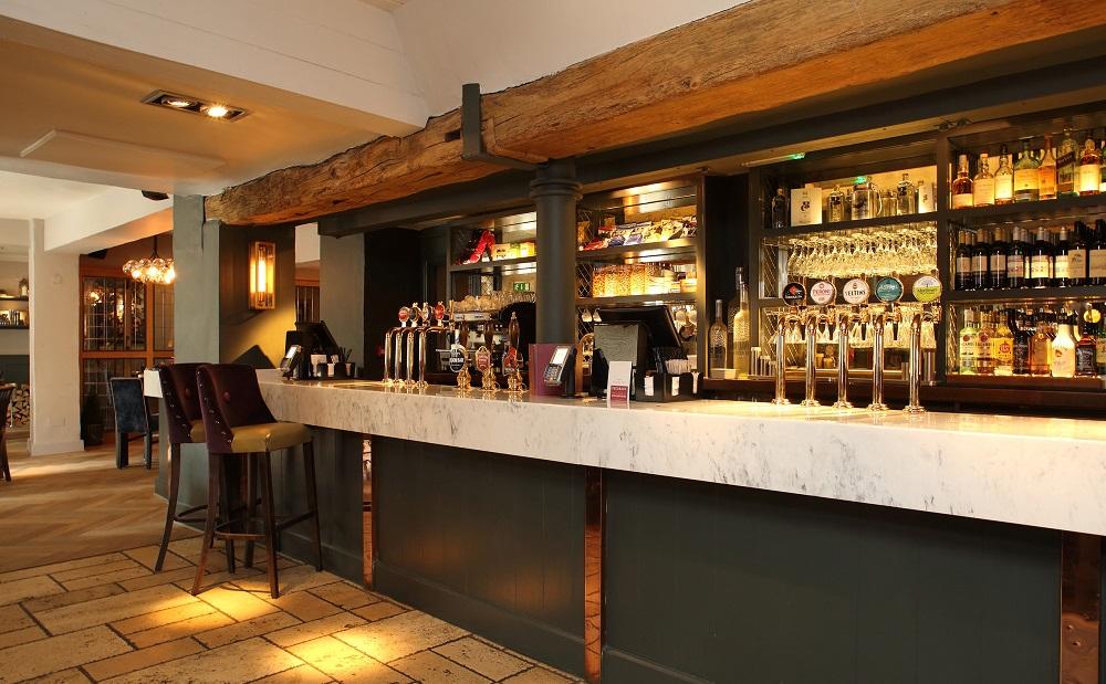 Versital bar top in Arabesque finish, Belvedere Arms, Ascot - Mitchells & Butlers