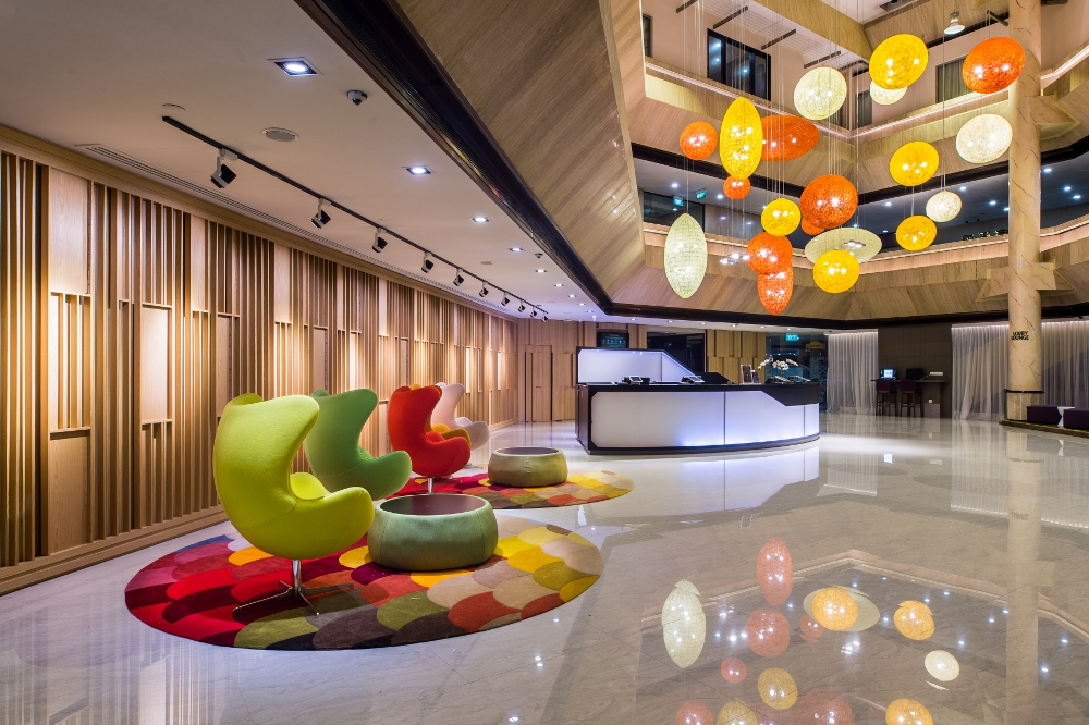 Furama City Centre unveils a fresh new concept to its Lobby