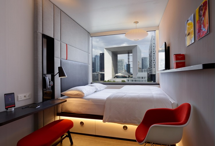citizenm says 39 hello 39 to paris la d fense hotel designs. Black Bedroom Furniture Sets. Home Design Ideas