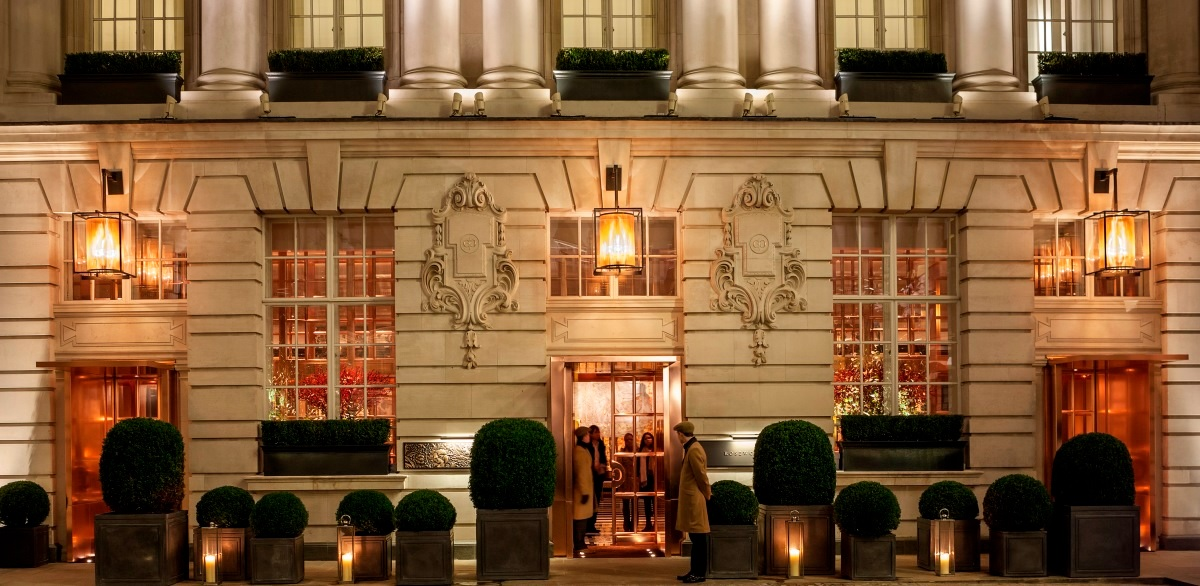 Rosewood london wins 39 hotel of year 39 at catey awards for Hotel luxury awards 2017