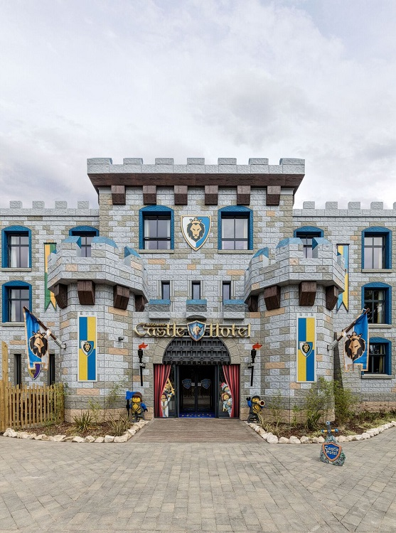 Concept Hotel Focus: Lifesize LEGO hotel completed at Windsor