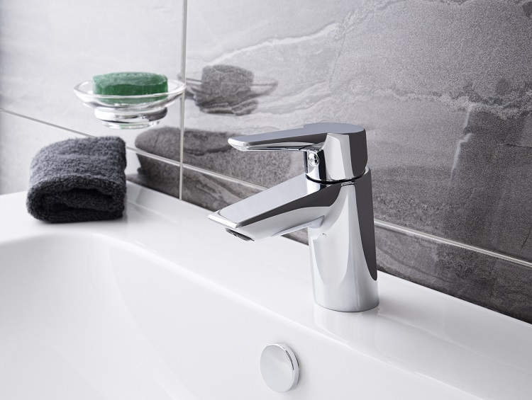 A42440 Vitra new Solid S bathroom tap