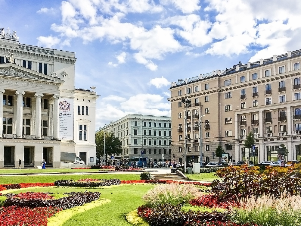 Kempinski hotels opens elegant five star hotel in riga for Grand hotel