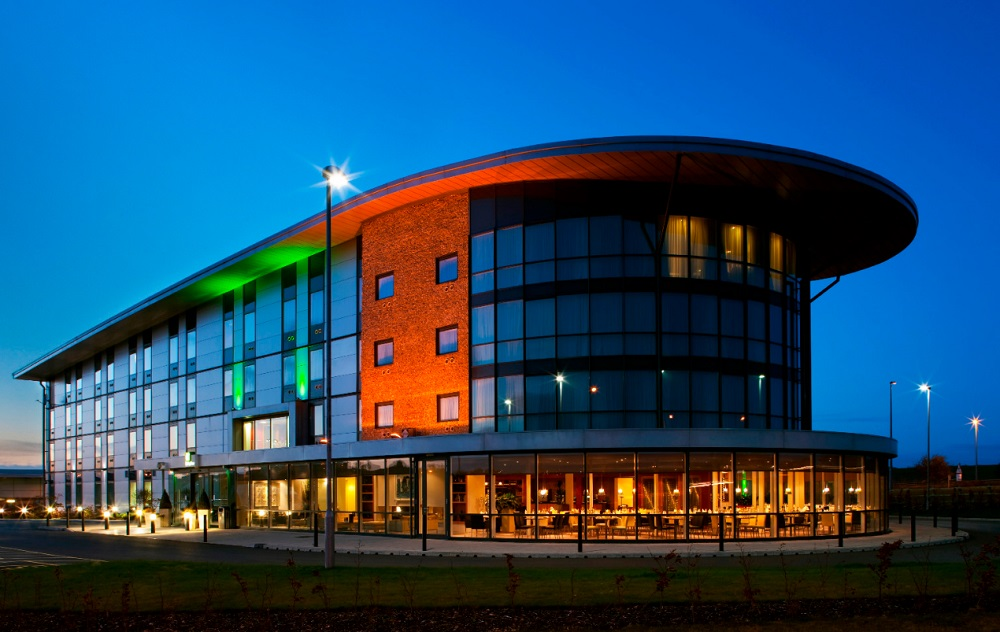 Bowling Green Asset Management (BGAM) is announcing its second branded hotel acquisition of 2017, a luxury 103-room Holiday Inn, located close to Salisbury and Stonehenge
