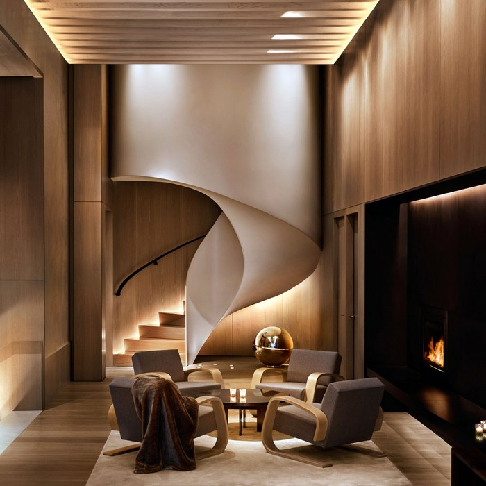 The New York Edition Hotel is a unique luxury hotel designed by Rockwell Group that invites guests to make themselves at home in Manhattan