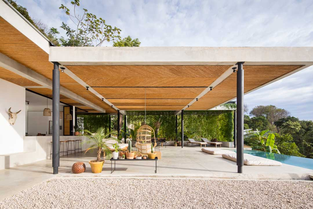 hotel residents occupy individual pavilion like structures where they can retreat into a private zone and yet still interact with the nature around them