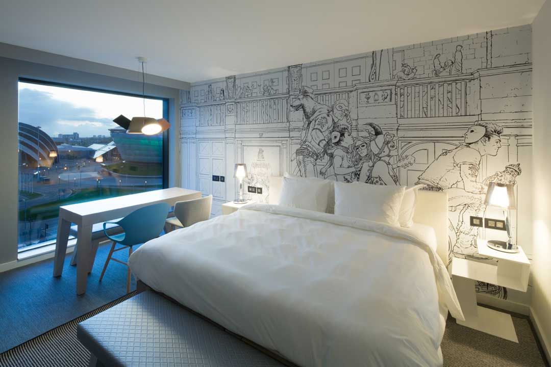 Uk s first radisson red hotel opens in glasgow hotel designs for Hotel design uk