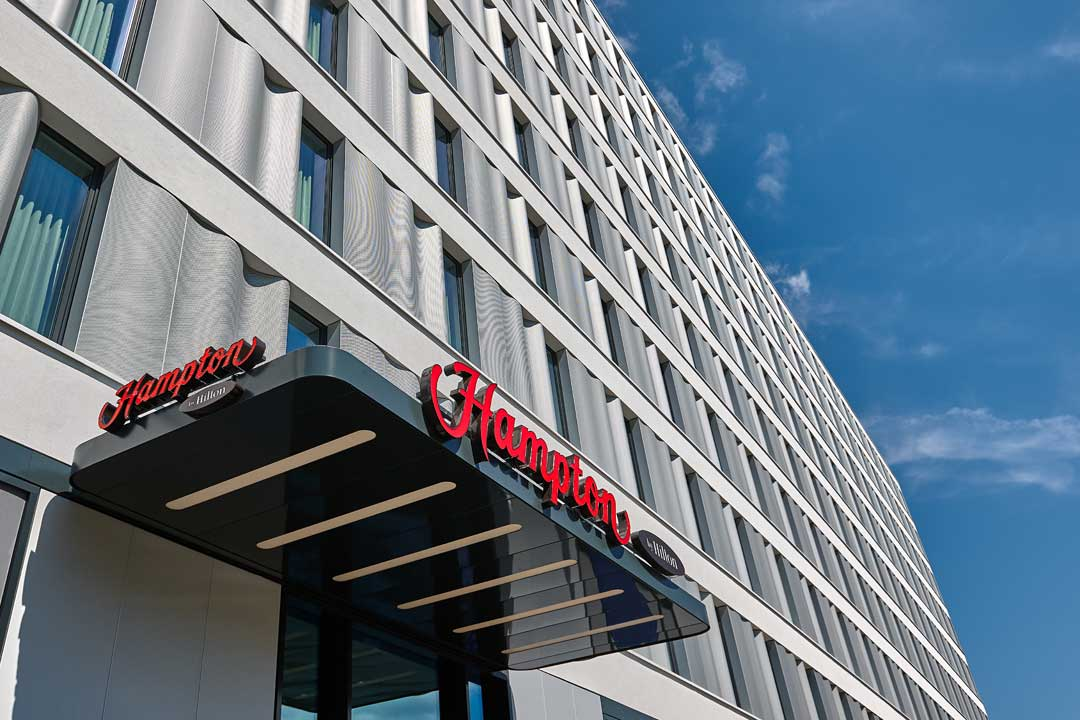Hampton expands footprint in us china and germany hotel for Berlino design hotel