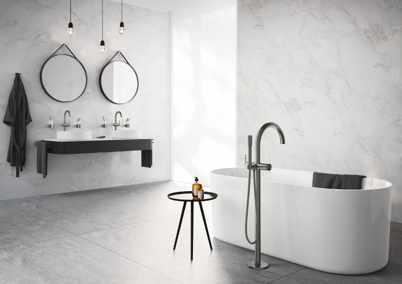 Contemporary bathroom featuring large bath and Grohe fittings