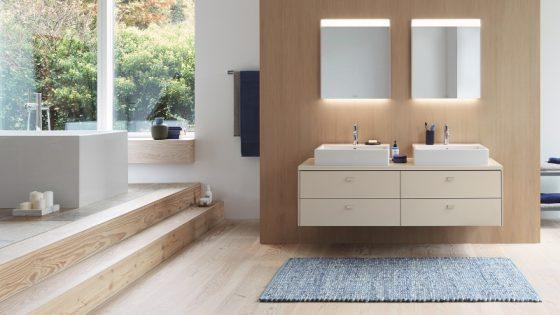 Modern bathroom featuring Duravit