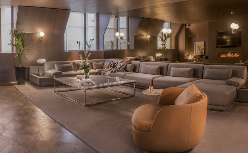 Dark tones of the interiors of the penthouse suite