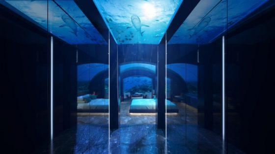 Coridor leading to underwater guestroom