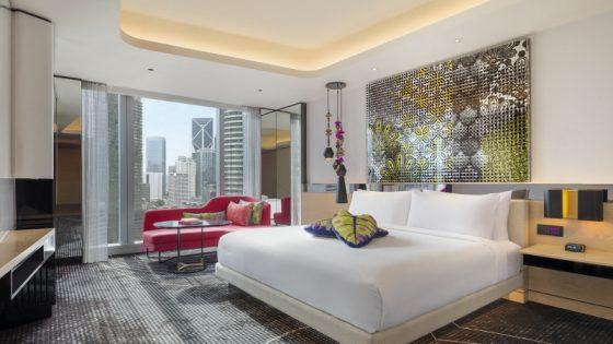 Large modern guestroom