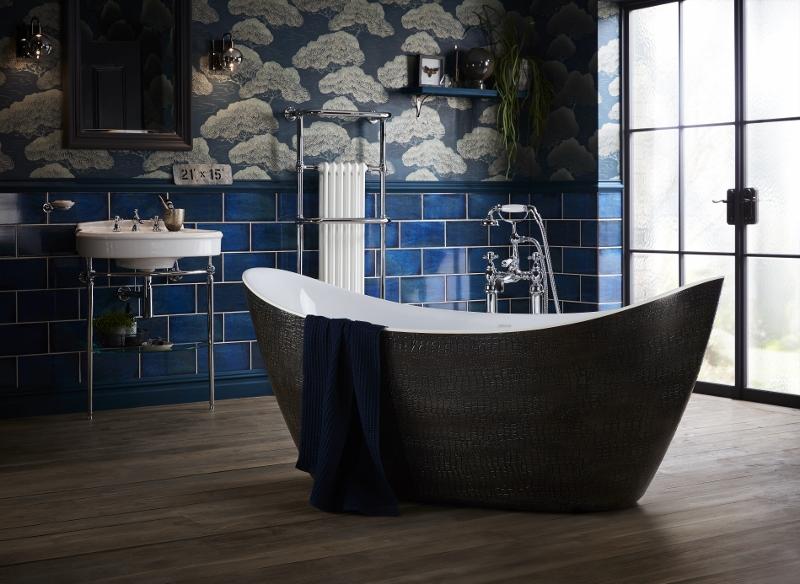 Croc-scaled bath