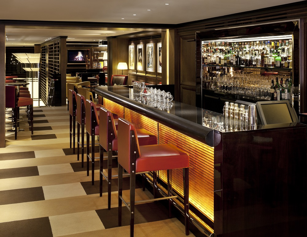 modern quirky bar in 45 Park Lane