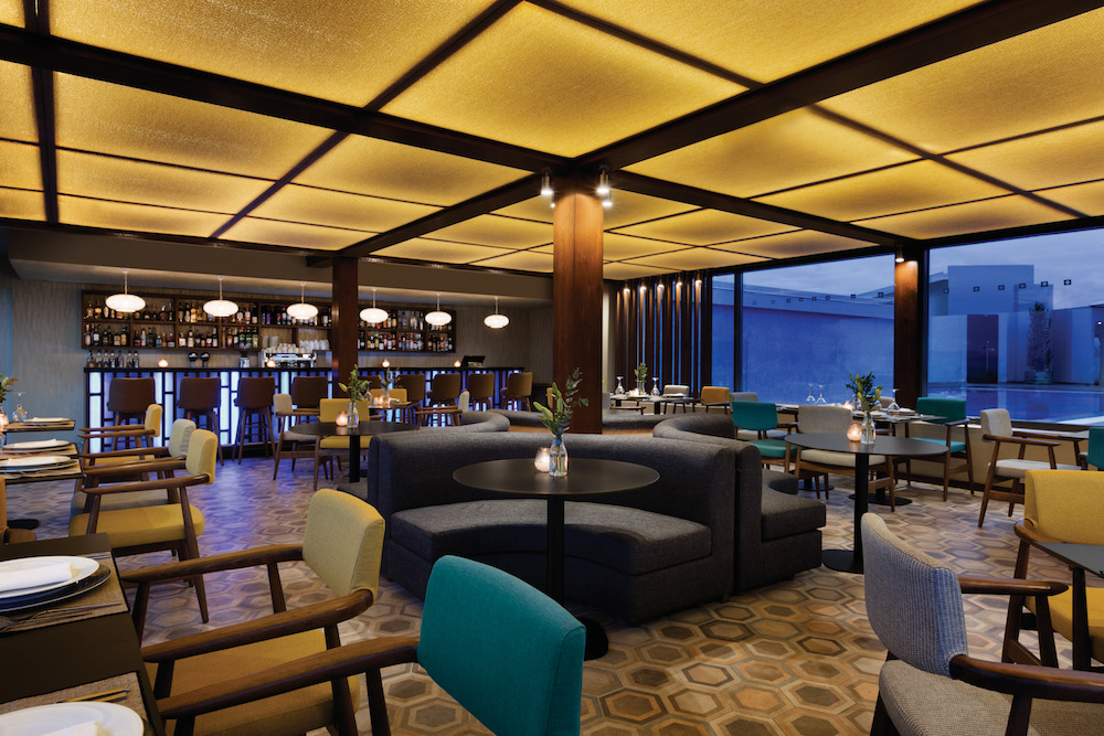 Lanier-designed bar and restaurant