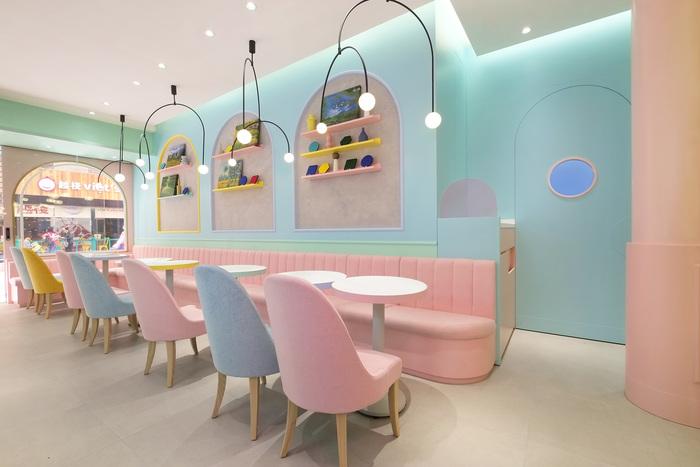 Pastel colours in restaurant design scheme