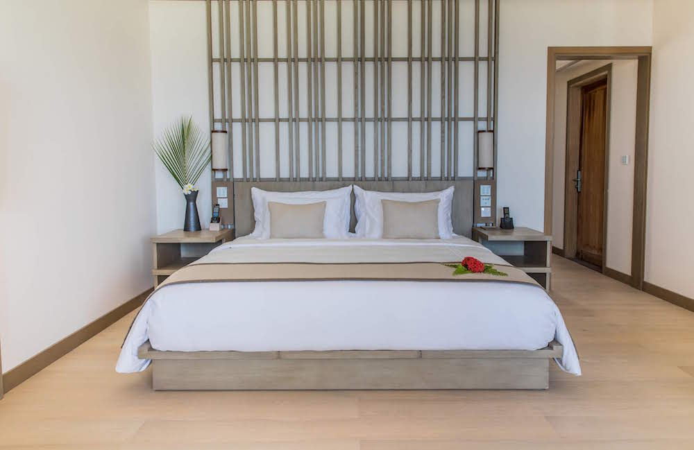 Contemporary guestroom