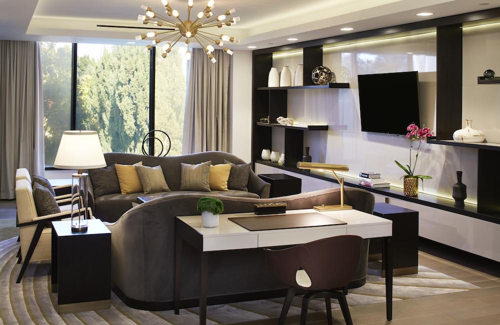 Luxurious longe area in suite