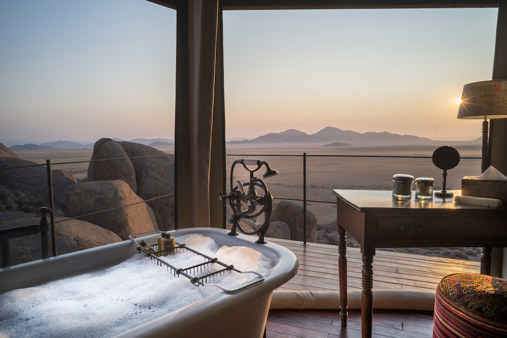 Open air design, with bath overlooking desert
