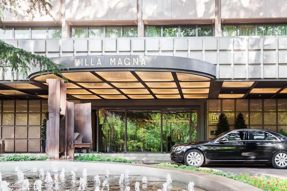 Exterior of Hotel Villa Magns