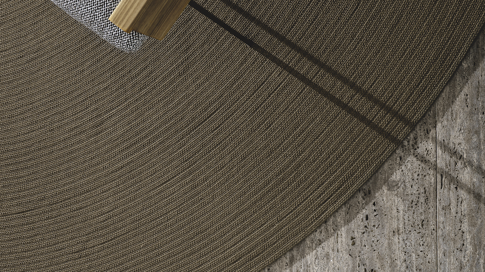 Patterend rug by Minotti