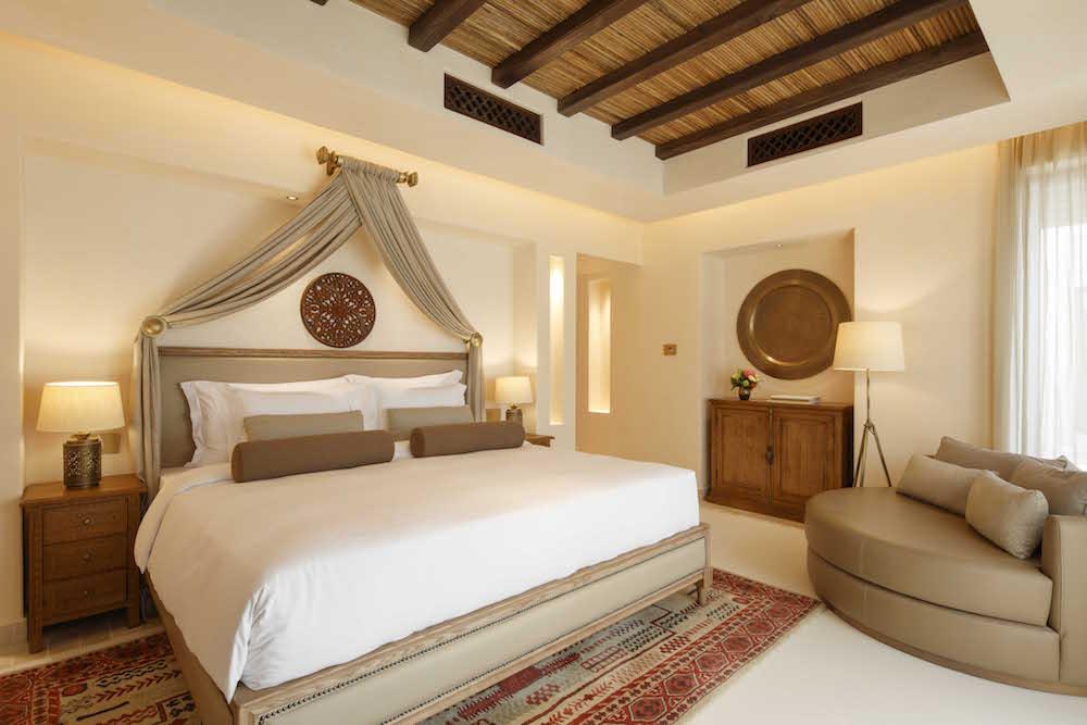 Luxury Arabian-style suite