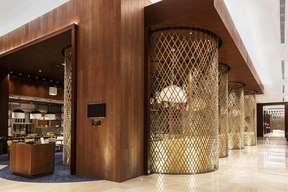 Hilton Guadalajara Midtown restaurant_HBA_credit-Lindsay Lauckner