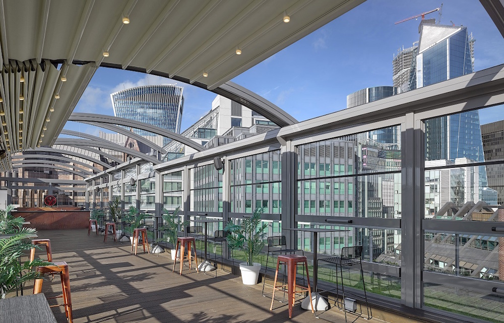 Building: Hilton Double TreeLocation: LondonClient: Canopies UK
