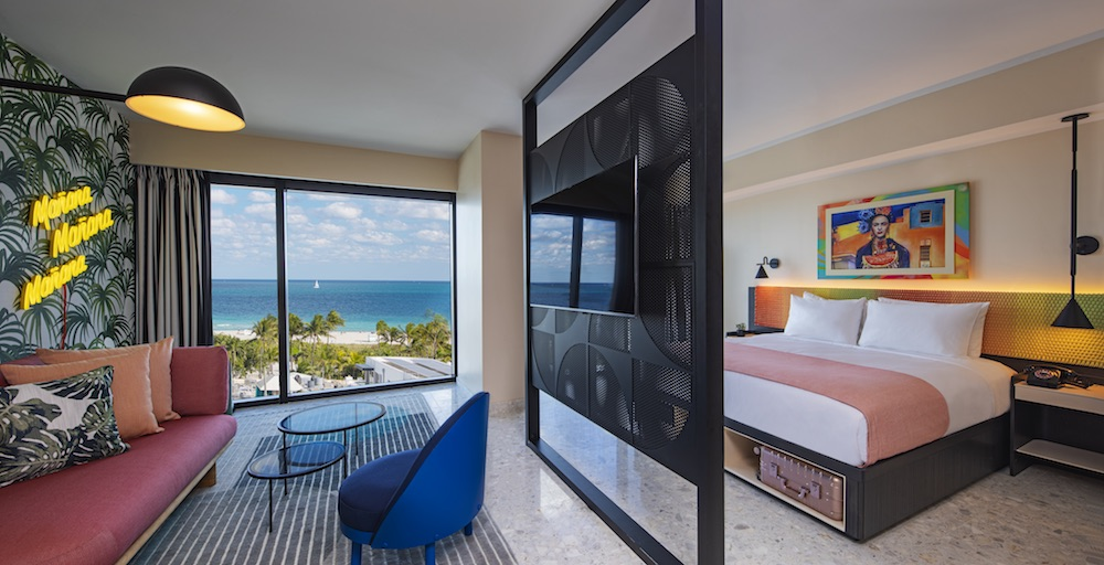 Image of lifestyle guestroom in Moxy Miami