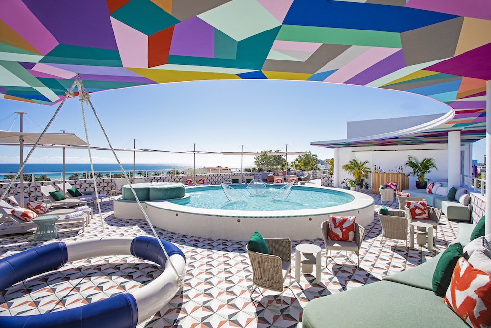 Image of pool at Moxy Miami Beach