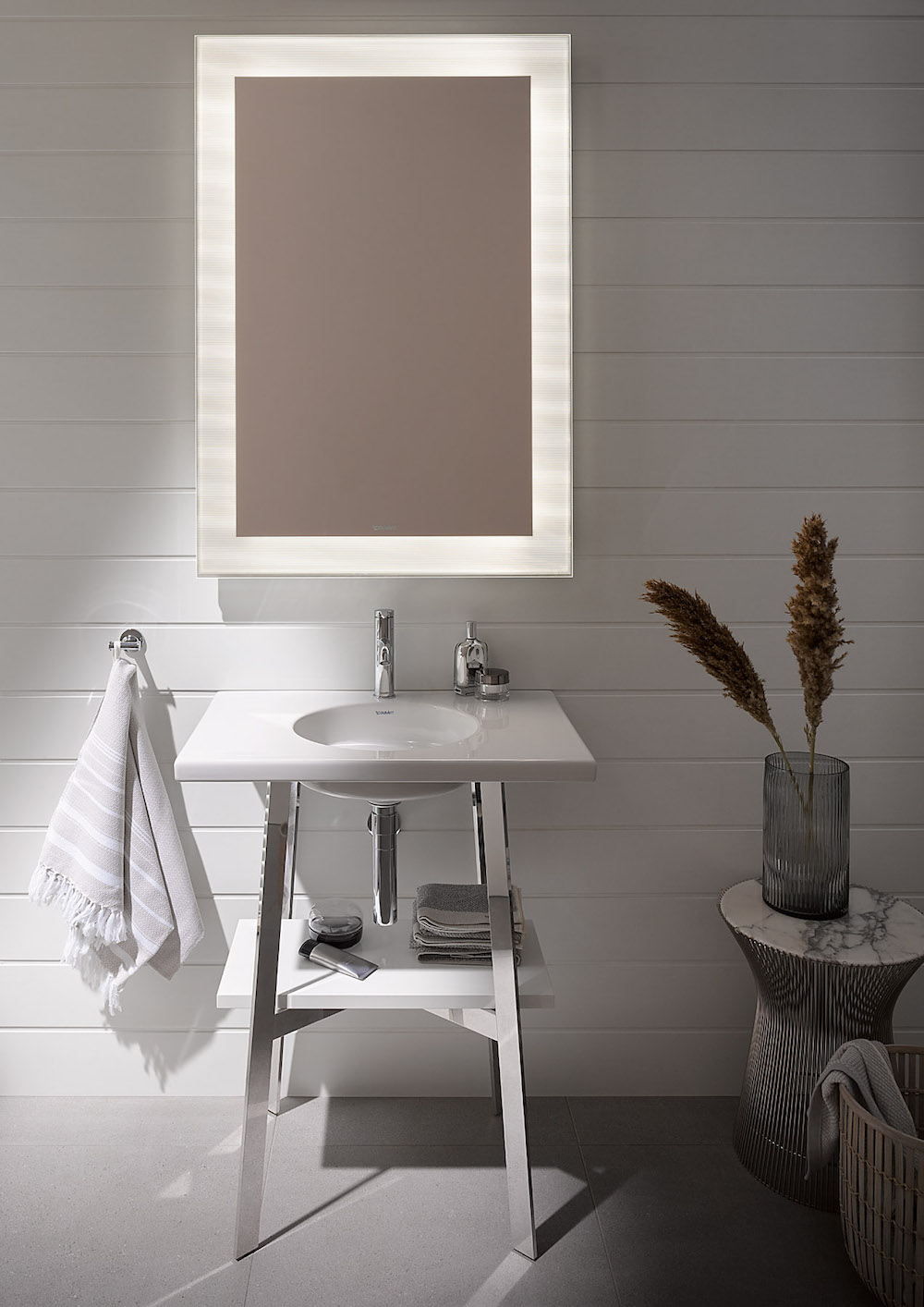 Duravit_Cape_Cod_small_bathroom_03