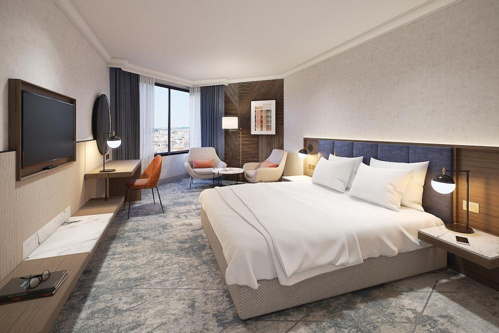 Executive Bedroom inside the Hilton hotel