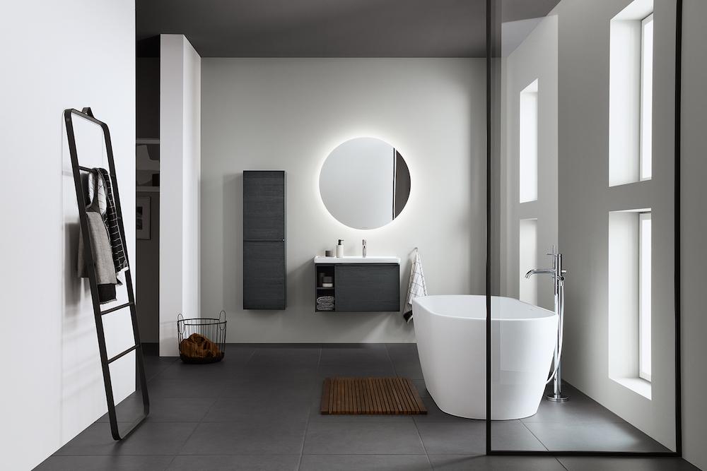 Image of minimalist modern bathroom by Duravit