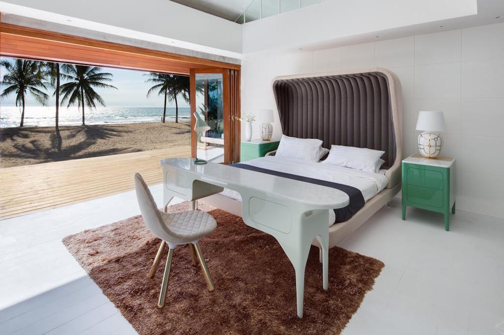 Image of guestroom next to the beach